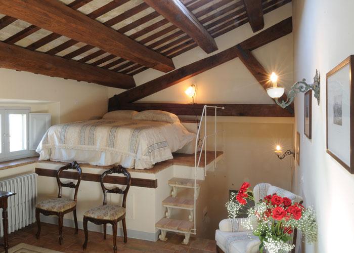 Palazzo morichelli d 39 altemps appartamenti di lusso nel for Camera da letto studio